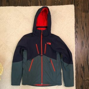 Men's The North Face Apex Elevation Jacket. Small.